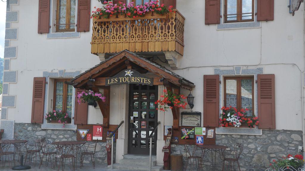 DSC_0345-Les-Touristes_1